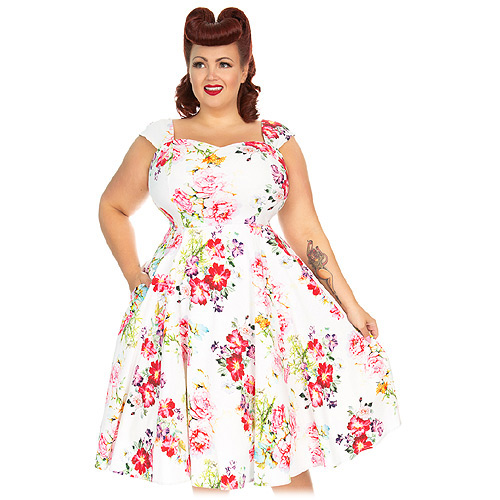 Hearts and Roses Paradise plus size swing dress AU Sizes 16-24