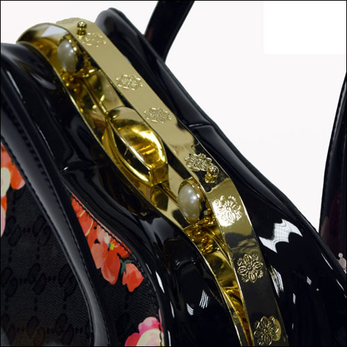 Daily bloom vintage floral print handbag / shoulder bag