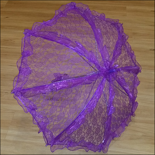 Purple ruffle lace parasol